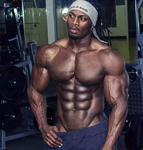 世界顶级健身模特  世界上身材最好的男人之一